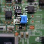 ICとトランジスタ間をコンデンサにて改造