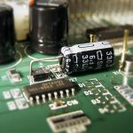 電解コンデンサを使っての改造
