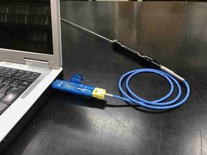 「温度データロガー LS450-T(K)」をUSBに挿す